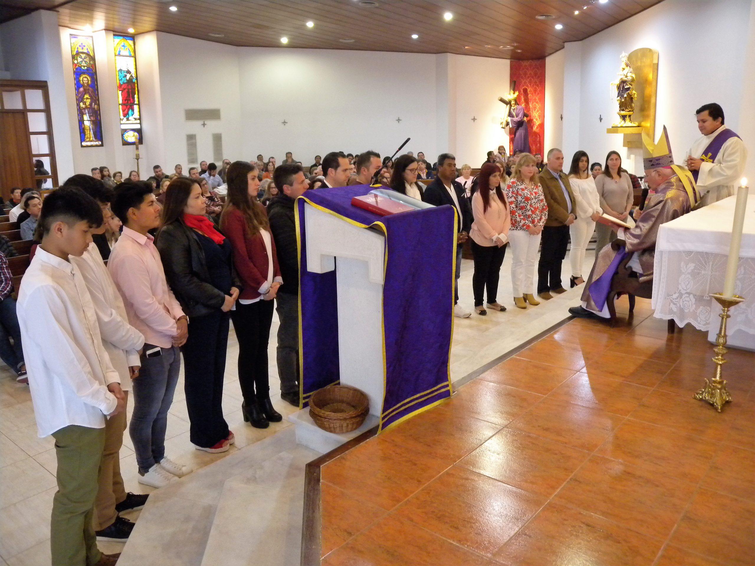 CONFIRMACIONES EN LA PARROQUIA DEL ROSER Y SANT CIRIAC